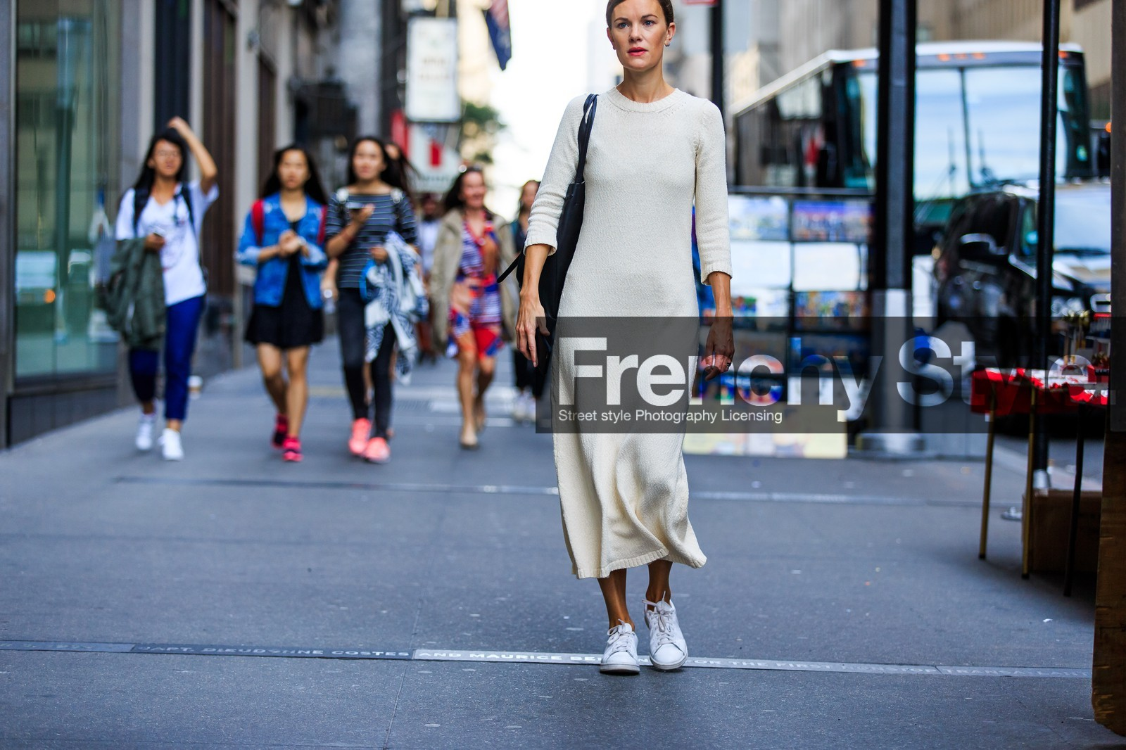Atmosphere Details Beige Egg Fashion Week Frenchystyle Fw Horizontal